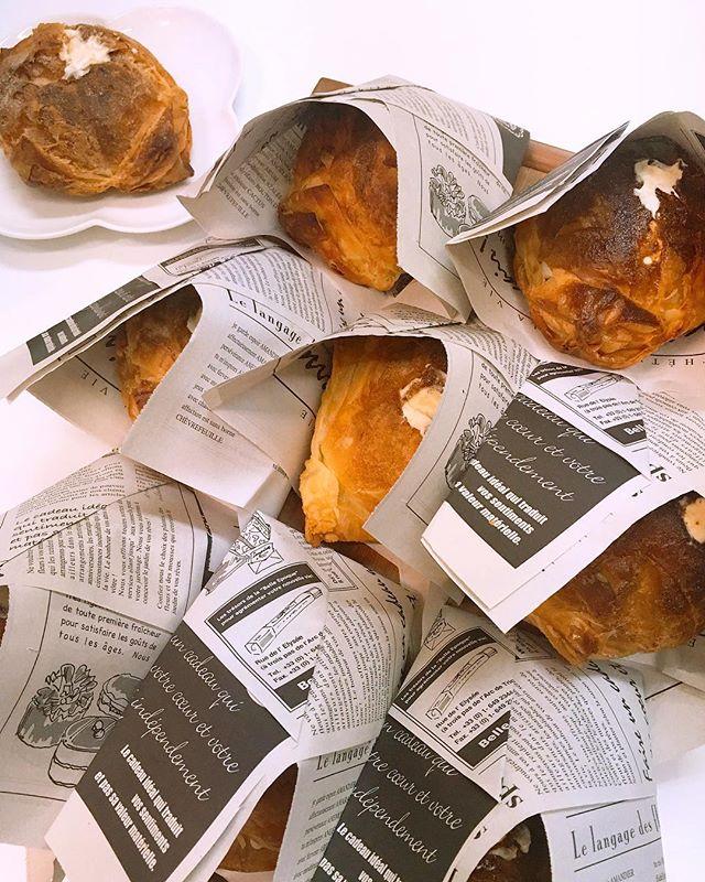 みんな大好き!パイ包みシューもご用意しましたリピーター続出の人気商品まだ食べたことのない方もぜひ!#おっとととあきらです #しあわせチョコケーキのお店 #長岡 #長岡市 #Nagaoka #Nagaokashi #お菓子 #スイーツ #スウィーツ #instafood #foodstagram #foodie #cake  #sweets #sweet #chocolare #ケーキ #バースデーケーキ #チョコケーキ #choco#手作りケーキ #誕生日プレゼント #プレゼント #デザート#チョコ#しあわせ#パイ包みシュー